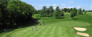 Image of the grounds at Wycombe Heights Golf Centre