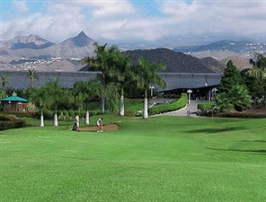 Image of the grounds at Los Palos Golf Centre