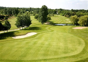 Image of the grounds at Sand Martins Golf Club