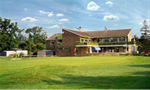 Image of the grounds at Stockwood Park Golf Centre
