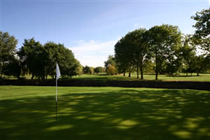 Image of the grounds at Ealing Golf Club