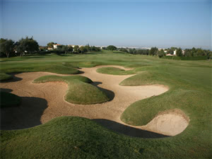 Image of the grounds at Quinta do Gramacho Golf Club