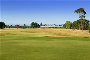 Image of the grounds at Royal Adelaide Golf Club
