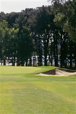 Image of the grounds at Royal Canberra Golf Club