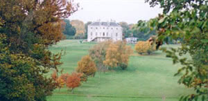 Image of the grounds at Beckenham Place Park